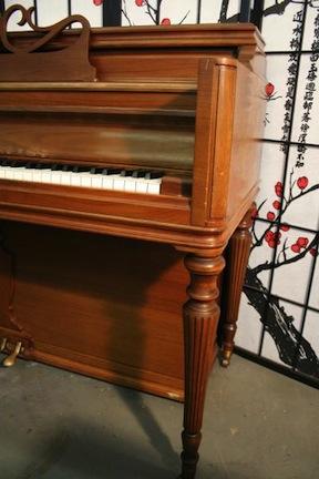 Mason & Hamlin Console Piano Walnut 1962 $1295.