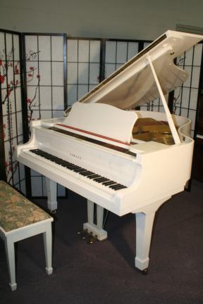 (NEW VIDEO) Yamaha G2 Grand Piano White Gloss 1981 5'8  Mint, Pristine, Showroom Condition $7900.