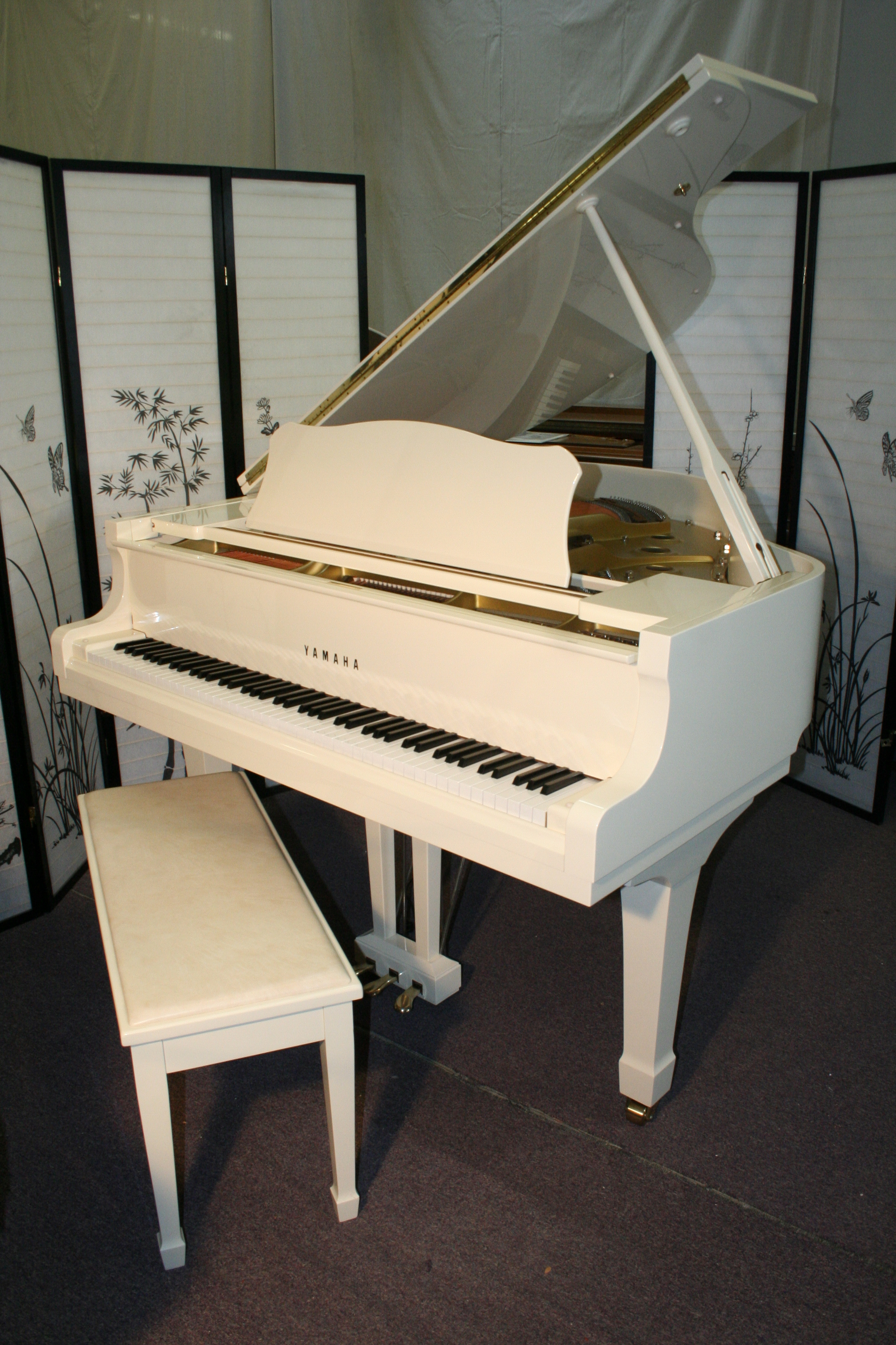 Sonnys piano tv piano gallery used steinways for sale for White yamaha piano