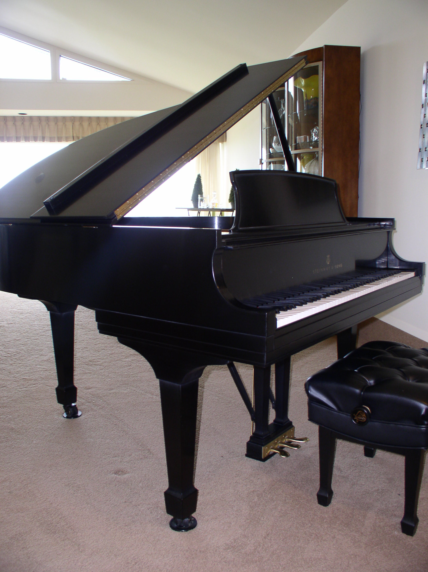 Sonnys piano tv piano gallery used steinways for sale for How big is a baby grand piano